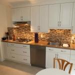 Backsplash for White Kitchen Cabinets