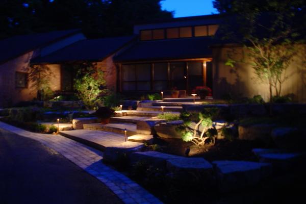 Low Voltage Outdoor Path Lighting