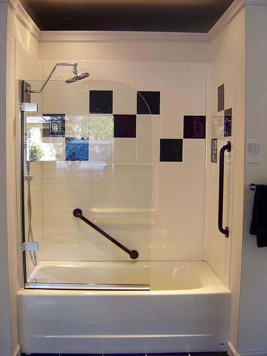 Bathtub Shower Surrounds