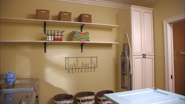 DIY Laundry Room Cabinets
