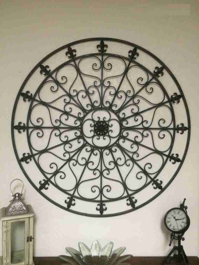 Large Fleur de lis Wall Decor