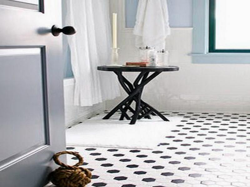 Black and White Bathroom Tiles in a Small Bathroom