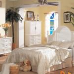 White Wicker Bedroom Set