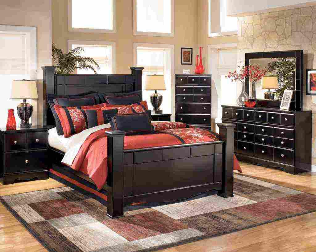 Black Wood Bedroom Furniture