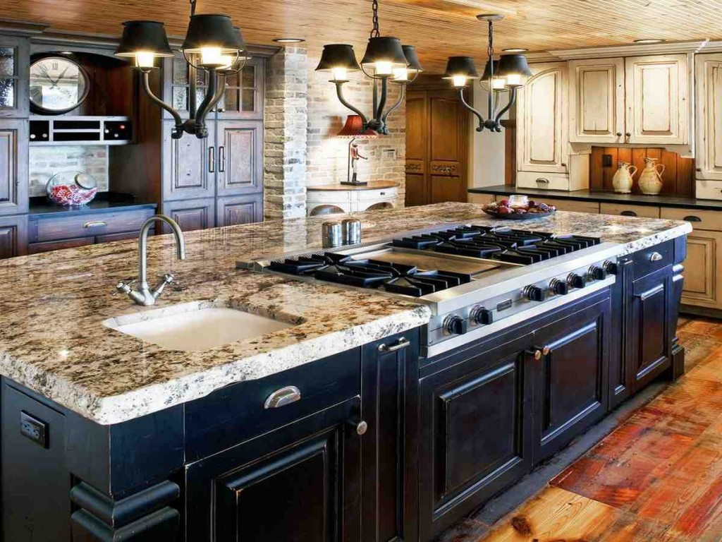 Custom Wood Kitchen Cabinets