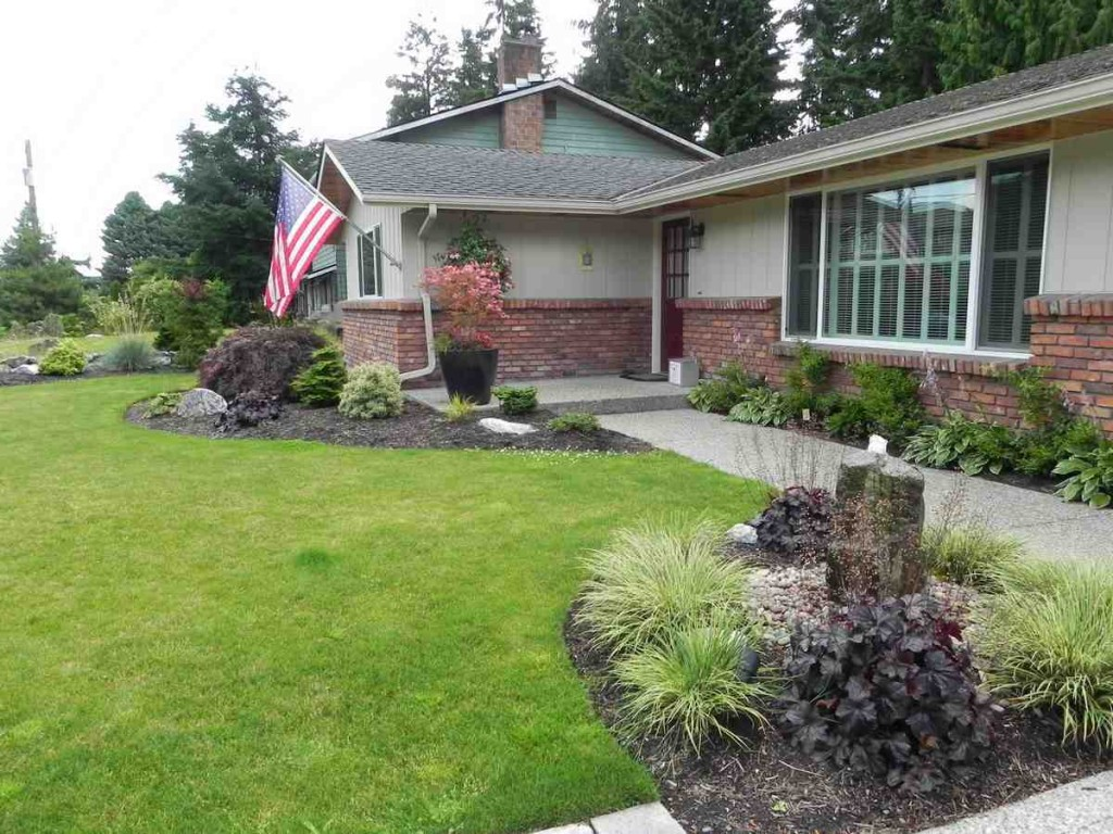 Easy Front Yard Landscaping