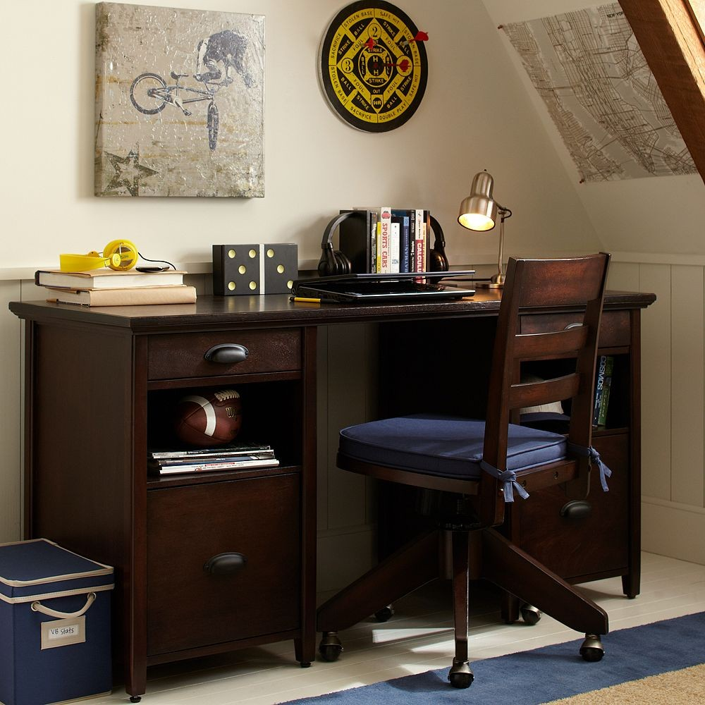 Small Desk For Bedroom