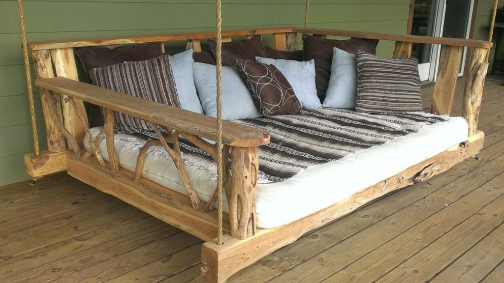 Swing King Bed