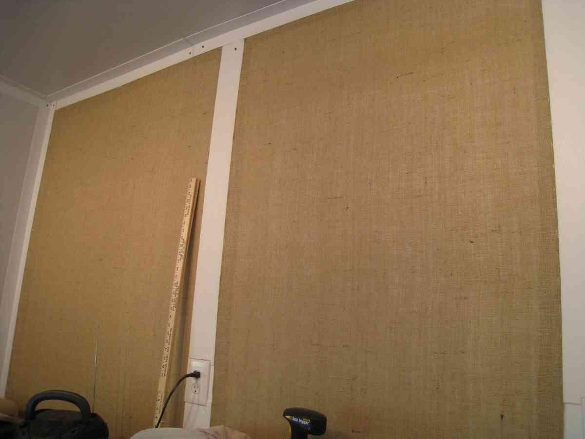 Burlap Wall Covering Decor Ideas