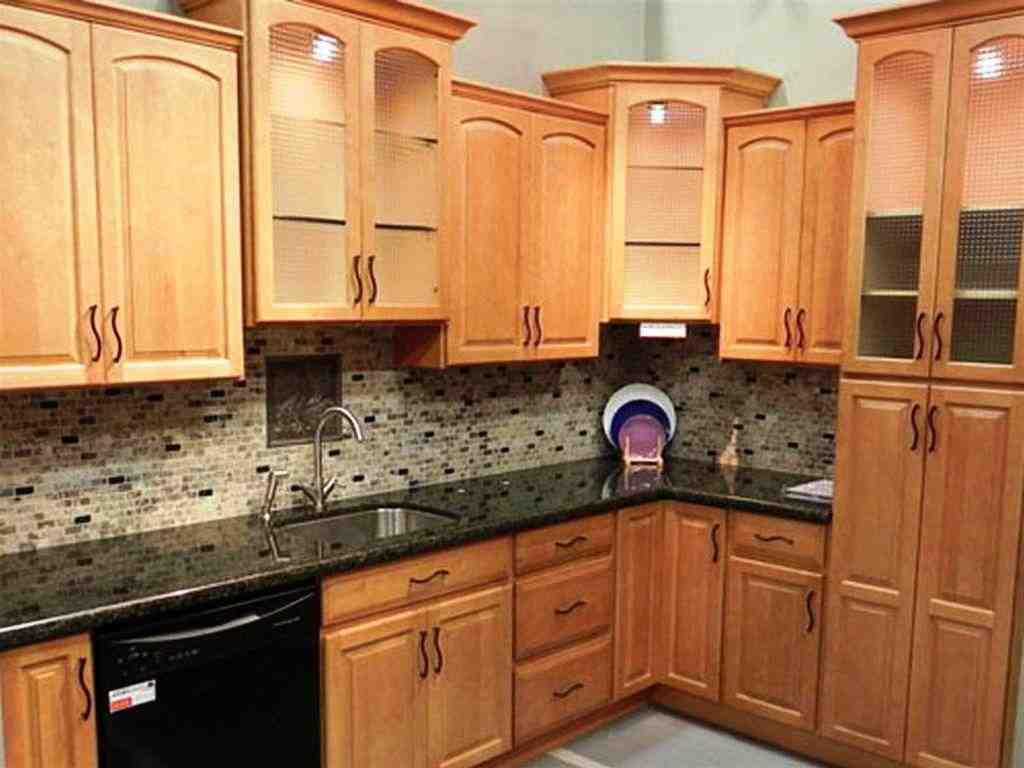 Kitchen Designs with Oak Cabinets   Decor Ideas