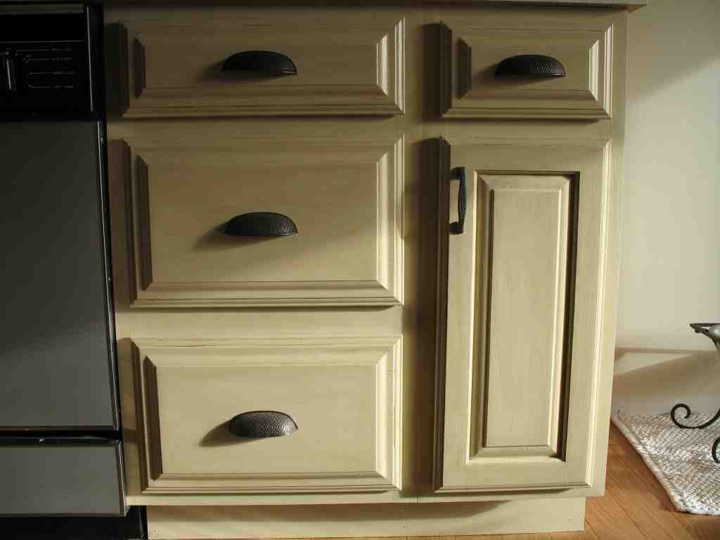 Repainting Oak Kitchen Cabinets
