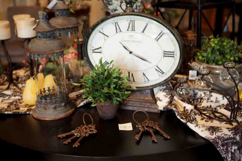 Cheap Home Accents and Decor