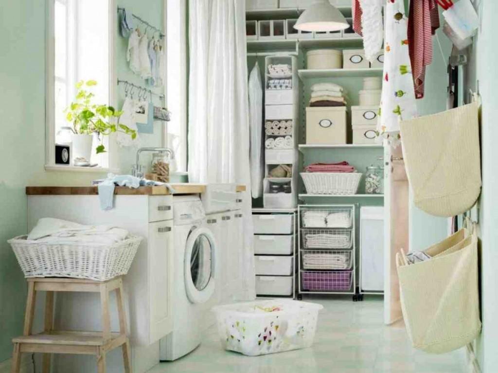 Rustic Laundry Room Decor